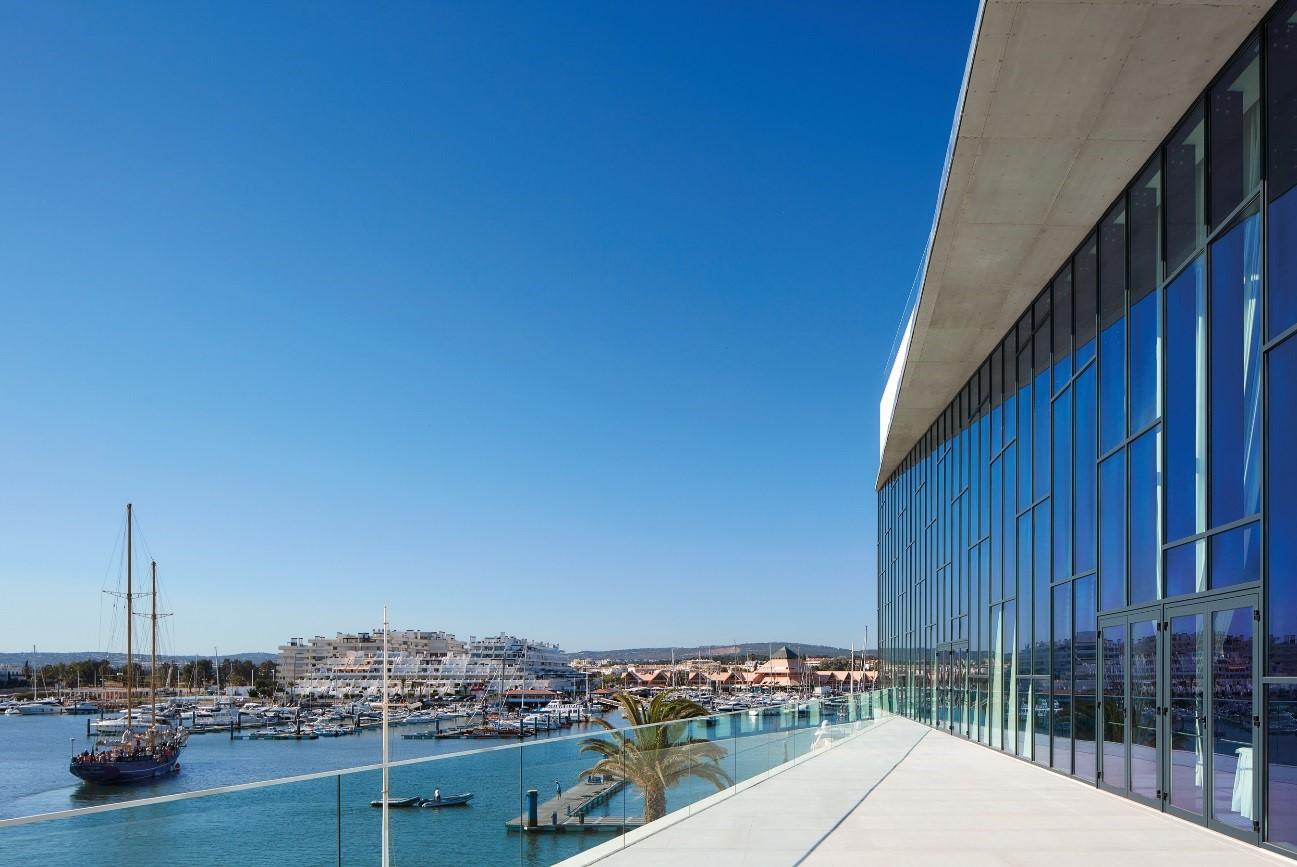 Das Zentrum | Centro de Congressos do Algarve